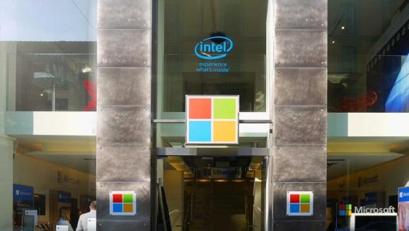 Apre a Milano la nuova Casa Microsoft powered by Intel