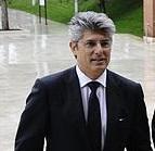 Telecom Italia annuncia le dimissioni di Patuano