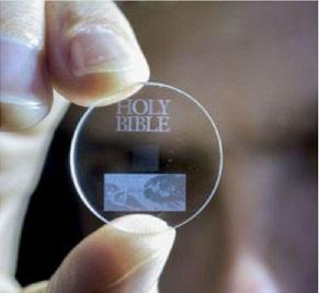 Un nano-disco in vetro conserverà i dati a memoria dei posteri