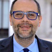 """Milano: per i semafori un """"look da 3 milioni di euro"""""""
