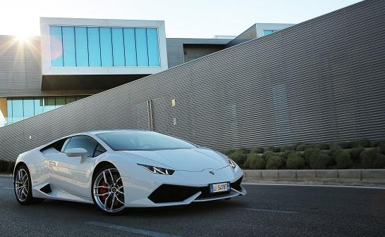 Lamborghini: l'automobile connessa con la partneship di Vodafone