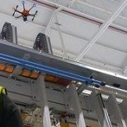 Innovazione e sicurezza: Ford sperimenta l'utilizzo di droni sulle linee di produzione