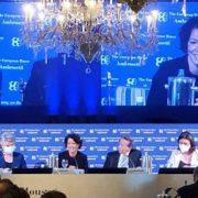 """Paola Pisano al Forum Ambrosetti di Cernobbio: """"Guardare avanti, non indietro"""""""