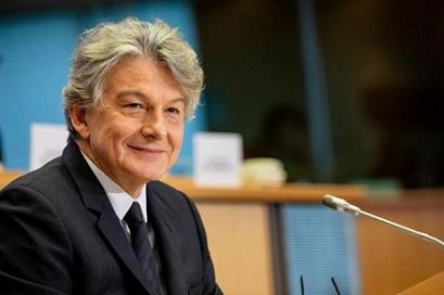 """Thierry Breton: """"Tutti gli europei dovrebbero beneficiare di connessioni veloci e sicure"""""""